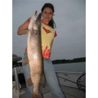 Laura Stevenson with a beautiful metro pike. It was 40